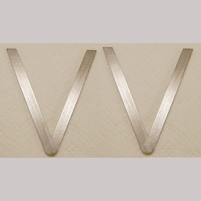 7¼ inch Gauge: Laser cut V Hangers