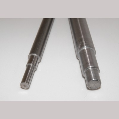 Axles for our Plain Disc Wheels - for 5 inch gauge